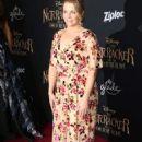 Melissa Joan Hart – 'The Nutcracker And The Four Realms' Premiere in LA - 454 x 681