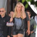 Britney Spears and Jason Trawick out in Miami (July 26) - 441 x 800