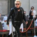 Rod Stewart and Penny Lancaster spotted out for lunch at the 208 Rodeo Restaurant in Beverly Hills, California on January 13, 2015 - 424 x 594