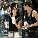 Amy Winehouse and Blake Fielder - 400 x 400