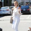 Kelly Rutherford was seen shopping in Beverly Hills. California on March 24, 2017 - 451 x 600