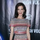 Perrey Reeves – 'High Voltage' Premiere in Los Angeles - 454 x 663