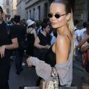 Natasha Poly – Leaves Versace Fashion Show in Milan - 454 x 681