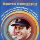Carl Yastrzemski - Sports Illustrated Magazine Cover [United States] (25 December 1967)