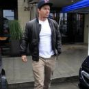Mark Wahlberg is spotted out for lunch at the Palm Restaurant in Beverly Hills, California on January 6, 2016 - 406 x 600