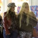 Avril Lavigne – Shopping in Los Angeles