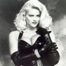 Naked Gun 33 1/3: The Final Insult - Anna Nicole Smith - 454 x 590