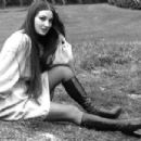 Jane Seymour - 454 x 302