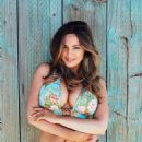 Kelly Brook 2017 Calendar