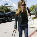 Jessica Biel - Arrives At LAX Airport In Los Angeles, 2010-05-29