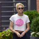 Kristen Stewart with friend out in New York City - 454 x 565