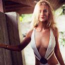 Rosie Huntington Whiteley Esquire Uk April 2015