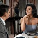 Bewitched - Nancy Kovack - 400 x 302