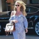 Nicky Hilton exits Barney's New York - 454 x 790