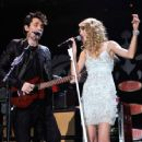 Taylor Swift and John Mayer - 454 x 353