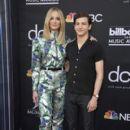 Sophie Turner and Tye Sheridan At The 2019 Billboard Music Awards - 400 x 600