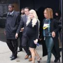 Carrie Underwood – L leaving Good Morning America in New York City - 454 x 545