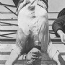 Benito Mussolini - 300 x 485