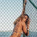 Deborah Secco - VIP Magazine Pictorial [Brazil] (June 2016) - 454 x 1083