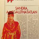 Sandra Bullock - Képes Európa Magazine Pictorial [Hungary] (8 October 1997)