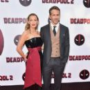 Ryan Reynolds and Blake Lively :  'Deadpool 2' New York Screening - 405 x 600