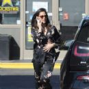 Olivia Munn – Spotted pumping gas in Los Angeles - 454 x 607