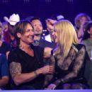 Keith Urban and Nicole Kidman : 2017 CMT Music Awards - 454 x 302