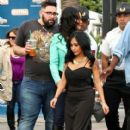 Nicole 'Snooki' Polizzi stop by the 'Extra' set January 26,2015 - 411 x 600