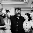 Fiddler On The Roof 1964 Broadway Cast Starring Zero Mostel - 454 x 305