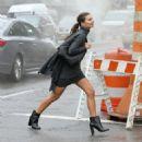 Emily Ratajkowski on a DKNY campaign shoot in New York City - 454 x 454