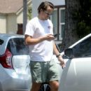 Margot Robbie with her husband – Out in Los Angeles