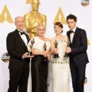 J,K. Simmons, Patricia Arquette, Julianne Moore and Eddie Redmayne At The 87th Annual Academy Awards (2015) Press Room - 422 x 600