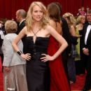 Naomi Watts At The 74th Annual Academy Awards - Arrivals (2002)