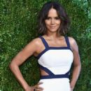 Halle Berry Gods Love We Deliver Golden Heart Awards In Nyc