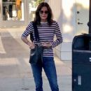Courteney Cox – Shopping at Club Monaco