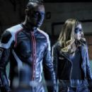 Arrow S05E21 - 454 x 303