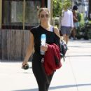 Ashlee Simpson – Leaving Trace Anderson gym in Studio City - 454 x 680