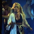 Britney Spears – Performs at Planet Hollywood Resort in Las Vegas - 454 x 608