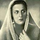 Leni Riefenstahl - 321 x 464