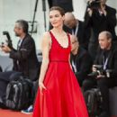 Hannah Gross – 'The Mountain' Premiere at 2018 Venice International Film Festival in Venice - 454 x 681