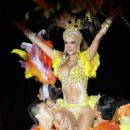 Ninel Conde- on stage in