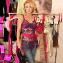 Kelly Carlson - at Spoylt lingerie - Mar 10 2008
