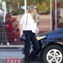 Elizabeth Olsen – Leaves a waxing salon in LA November 13, 2017