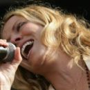 Sheryl Crow - Performance During The 2008 New Orleans Jazz & Heritage Festival In New Orleans, 25.04.2008.