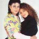 Tatiana Thumbtzen, Michael Jackson - 454 x 804
