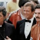 Titles: The Cannonball Run People: Roger Moore, Burt Reynolds, Dean Martin - 454 x 283