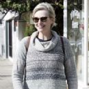 Jane Lynch – Out in Studio City - 454 x 681