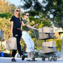 Kristen Stewart and Stella Maxwell – Shopping in LA