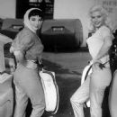 "Joan Collins and Jayne Mansfield on the set of ""The Wayward Bus"", 1957 - 454 x 584"