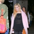 Abigail Breslin at Craigs For Dinner in West Hollywood January 10, 2017 - 454 x 681